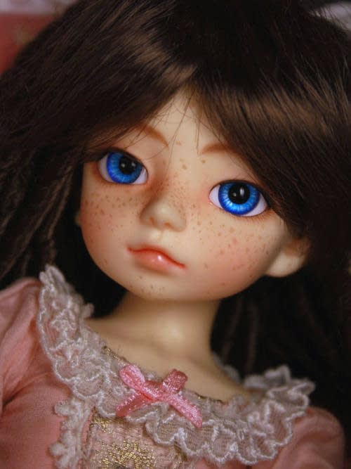 Dollzone Ami ball jointed doll